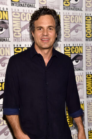 File:Sdcc2014-marvelpresspanel-ruffalo.JPG