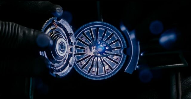 File:Blue Pym Disc Ant-Man Quantum Realm 3.JPG