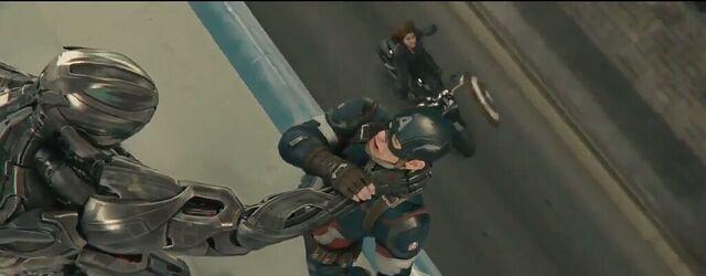 File:Avengers Age of Ultron 171.JPG