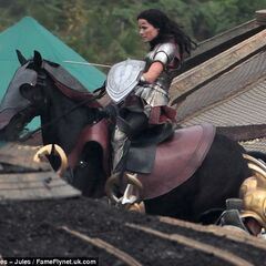 Jaimie Alexander on set as Sif.