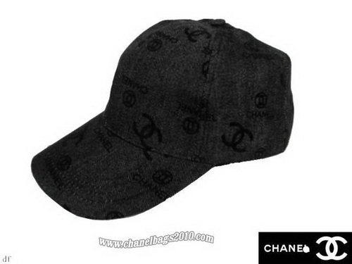 File:Chanel-Hats-Black-Dark.jpg