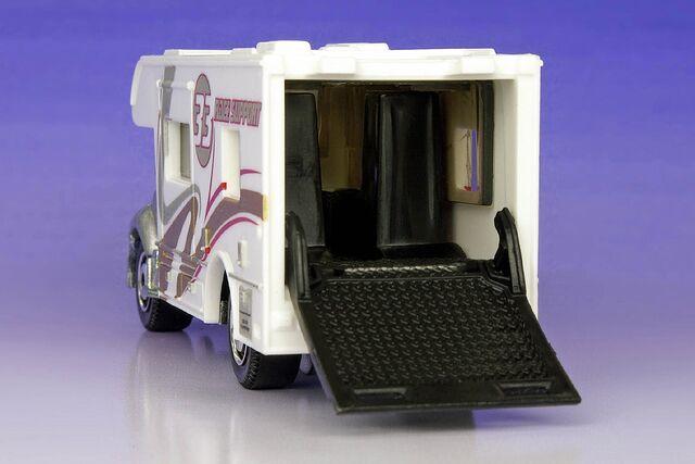 File:Matchbox MBX Motorhome 5-Pack - 1308ef.jpg