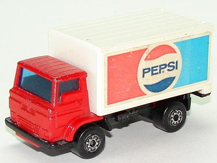 File:8272 Delivery Van.JPG
