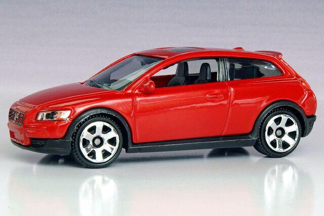File:Matchbox Volvo C30 10-Pack - 0996ff.jpg
