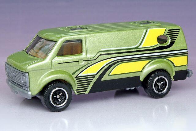 File:Matchbox Chevy Van 5-Pack - 1276ef.jpg