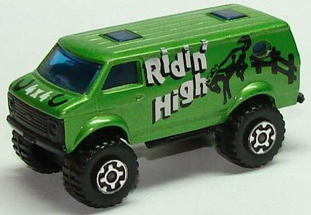 File:8244 Chevy 4x4 Van L.JPG