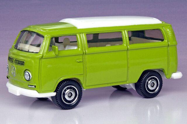 File:Volkswagen T2 Bus - 1286ef.jpg