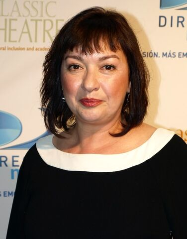File:Actress, Elizabeth Pena at the 2009 East Classic Theater Fundraiser.jpg