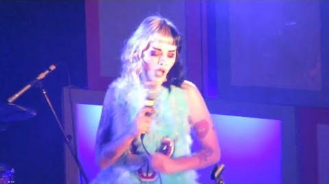 Melanie Martinez - Alphabet Boy LIVE (10 7 15)
