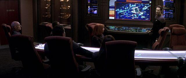 File:Sovereign observation lounge (2378).jpg