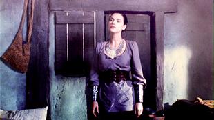 Lady-Morgana-morgana-30141029-500-281