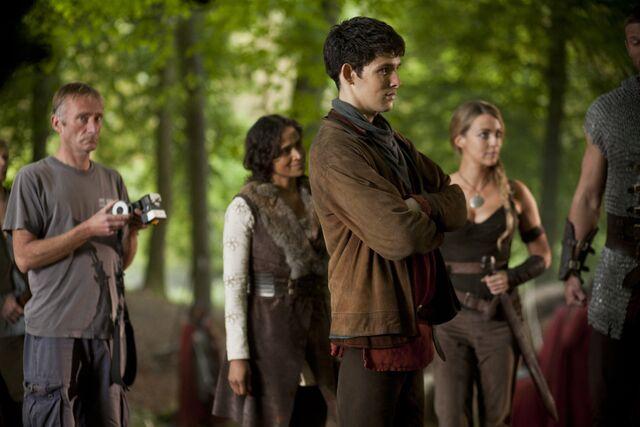 File:Merlin Cast Behind The Scenes Series 4-3.jpg