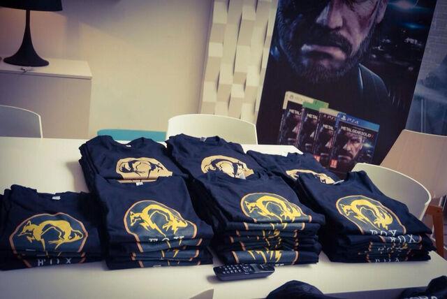 File:Kojima-Loft-Interview-T-Shirts-2.jpg