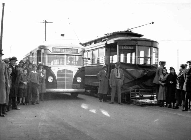 File:NY&QCRY LAST DAY OF SERVICE C 1937.jpg