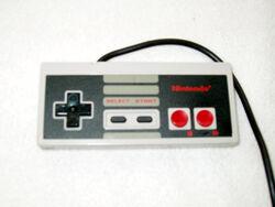 Игровой контроллер NES