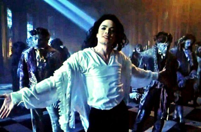 File:MJ 1996 ghosts 35.jpg