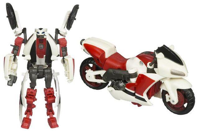 File:TF2010-toy Backfire.jpg