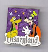 Goofy pluto disneyland pin