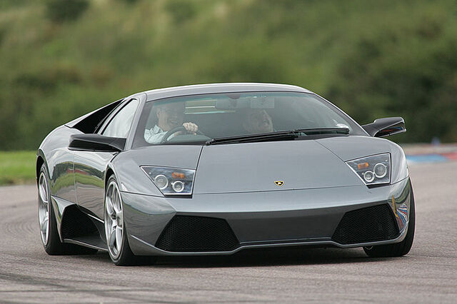 File:800px-Gray Lamborghini LP640.jpg