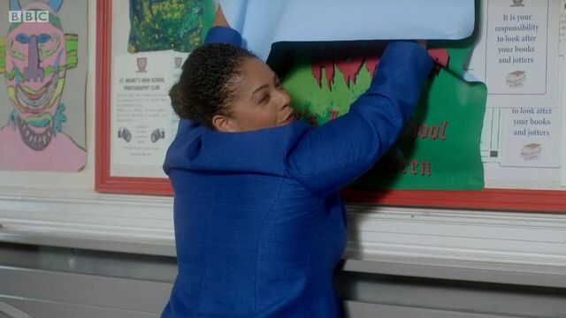 File:Mrs King With Poster.jpg