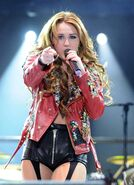 Miley-Gypsy-Heart-Tour-Buenos-Aires-Argentina-6th-May-2011-miley-cyrus-21823839-1692-2333