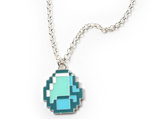 File:Diamond necklace.jpg