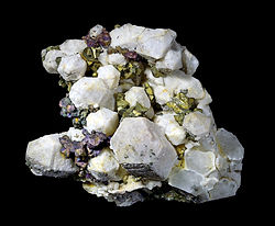 250px-Chalcopyrite angleterre