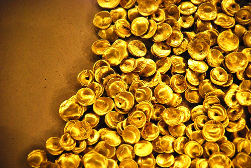 File:A Lure Of Gold.jpg
