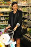 Miranda-kerr-goes-grocery-shopping-in-malibu-4-2-2016-1.jpg.3a7bddb88de5aa038cb03268003a6cf1