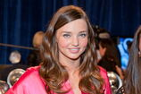 132029583-model-miranda-kerr-backstage-at-the-2011-gettyimages
