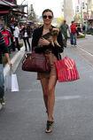 27901 celebrity-paradise com-The Elder-Miranda Kerr 2010-02-01 - shopping at Victoria Secrets 361 122 443lo