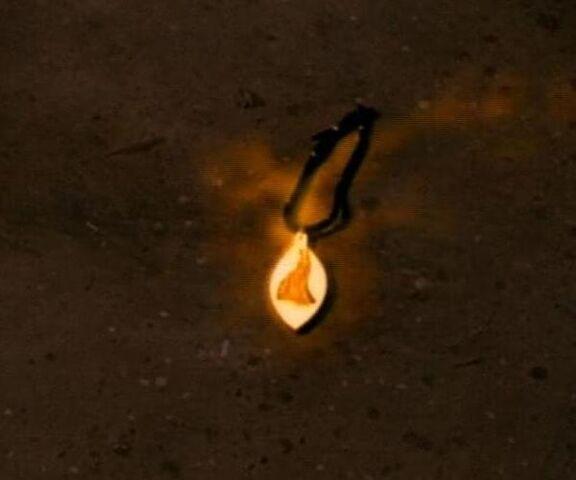 File:Amulet of Kreeya.jpg