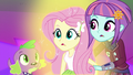 Fluttershy's magic returning EG3.png