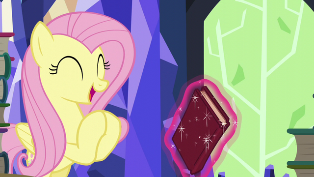 "File:Fluttershy ""there's a ton of animal friends!"" S5E23.png"