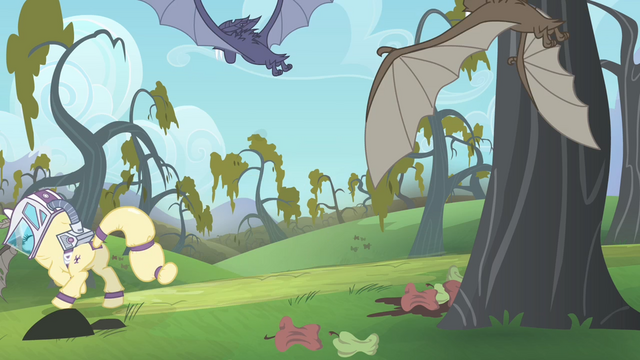 File:Rarity running away from the bats S4E07.png