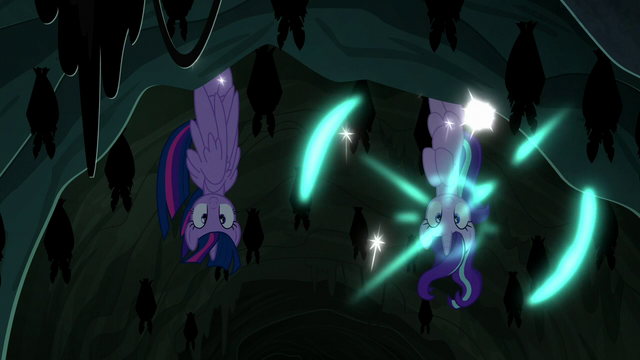 File:Twilight and Starlight teleport into a cavern S6E21.png