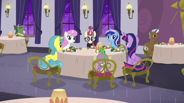 File:Twilight and friends nervous around Moon Dancer S5E12.png