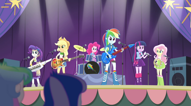 File:Rainbooms about to play Shake Your Tail EG2.png