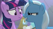 Trixie gets into Twilight's face S6E6