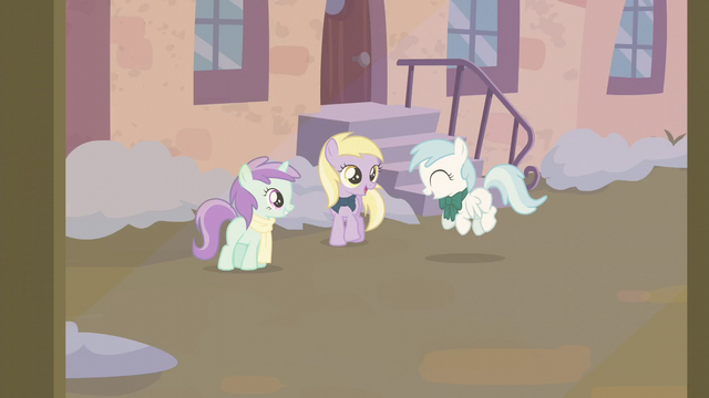 File:Liza Doolots, Dinky Doo, and Cotton Cloudy playing S6E8.png