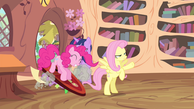 File:Pinkie Pie enters the library S4E11.png