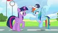 """Rainbow Dash """"not actually amazingly awesome"""" S6E24"""