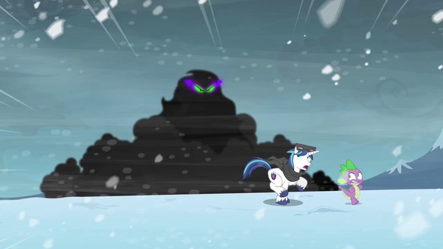 File:Shining Armor & Spike run S3E1.png