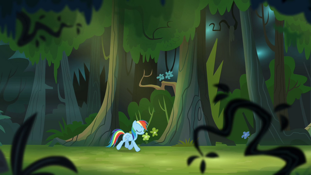 File:Rainbow Dash trotting through forest S4E04.png