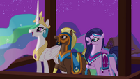 Celestia and delegates impressed by fireworks S3E5