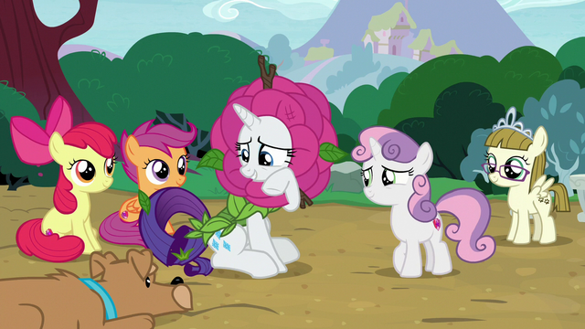 """File:Rarity """"it's hard for me to let that go"""" S7E6.png"""
