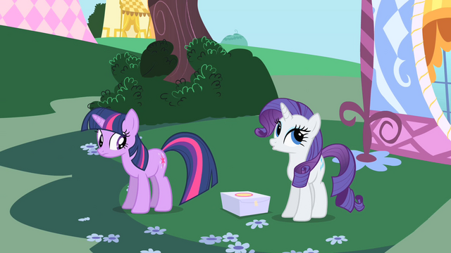 File:Box dropped on the ground S1E25.png