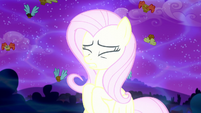Fluttershy transforming S5E13