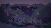 Ponyville in chaos S2E02
