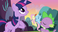 Spike, Rainbow Dash and Fluttershy singing with Twilight S3E2
